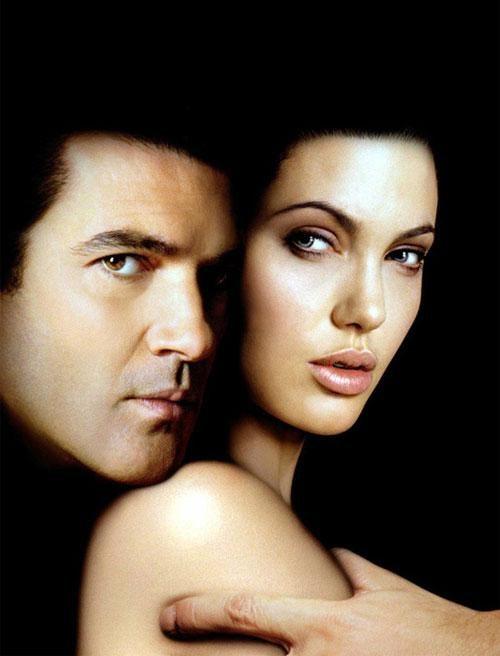 Именно так, в своих классических амплуа, сыграли Анджелина Джоли и Антонио Бандерас в фильме «Соблазн»…